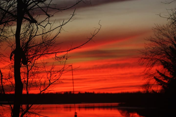 Beautiful House with Sunsets on the River in Town - Merrickville - Daire