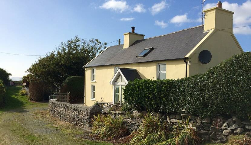 The Yellow House 2 Gluten Free - Skibbereen - Bed & Breakfast