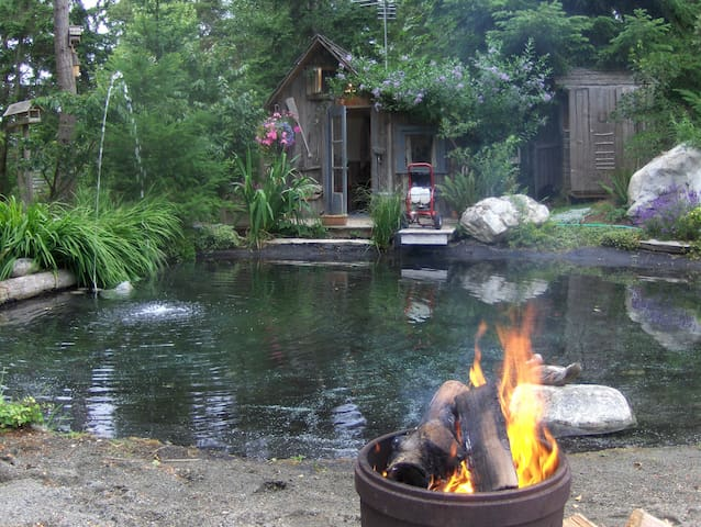 Cozy Coop Tiny House - Coupeville - Chalet