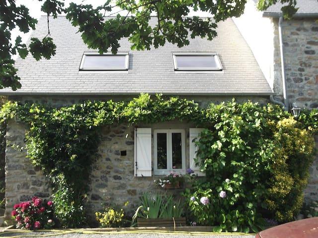 AUTHENTICITE - Le Lorey - Huis