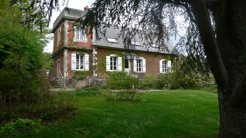 Maison de famille en Bourgogne - Broye - Casa