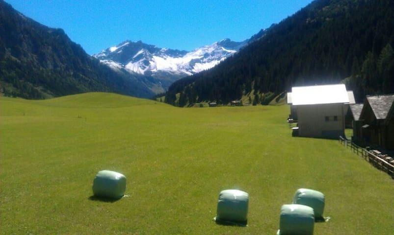 Charmantes Chalet in Liechtenstein  - Steg Triesenberg  - Chatka