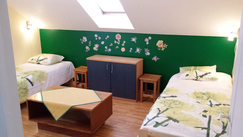Twin room in private house near TLL - Lähtse - Haus