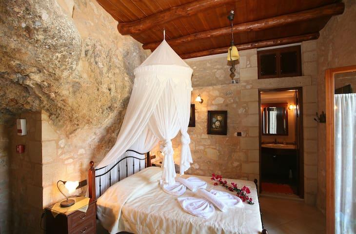 Luxurious stone villa in Crete - 干尼亞 - 別墅