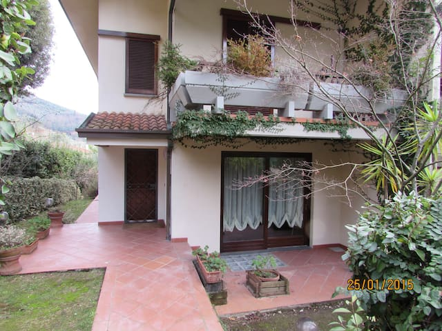Townhouse in the heart of Tuscany - Montecatini Terme - Huis