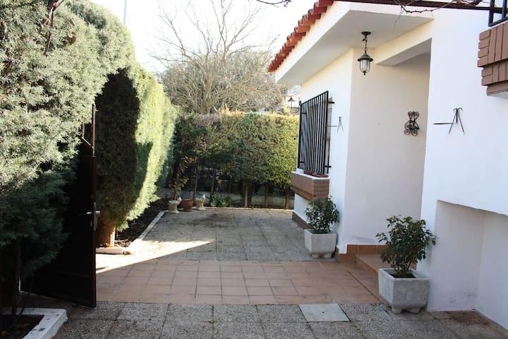 Casa-Apartamento  - miguel esteban (toledo) - Ev