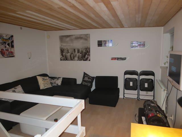 Nice and cozy 2 room apartment - Aalborg - Maison