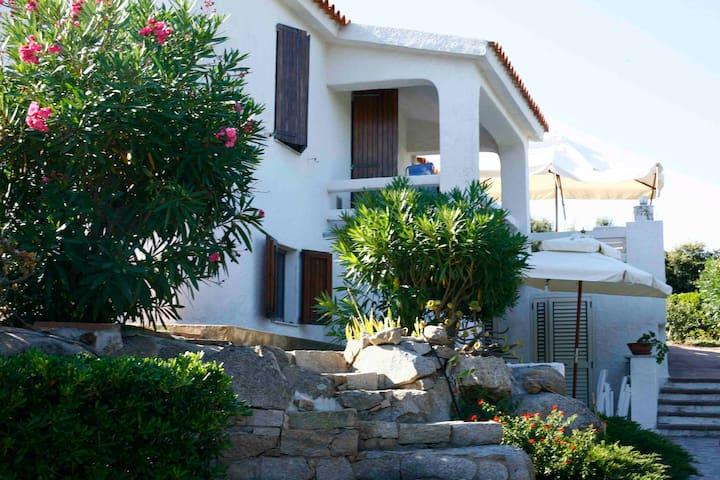 Gallura: Romance Villa by the sea. - Santa Teresa di Gallura - 一軒家