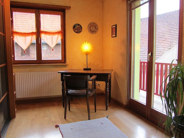 Belle maison centre village:le 2/33 - Mommenheim - Hus