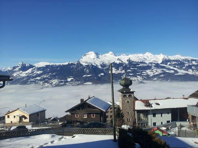 Charming apartment in Liechtenstein mountains - Triesenberg - Apartament