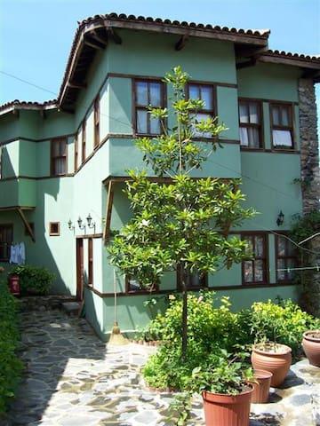 Traditional Ottoman Village BURSA - Bursa - Huis