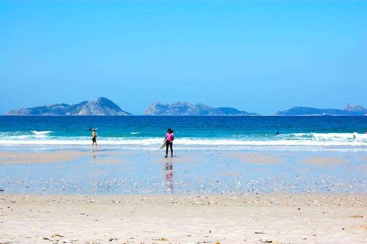 Life & Surf in Patos Beach, Spain - Nigrán - Apartemen