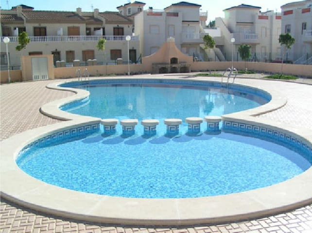 Apartment in 2 floors with pool - Ciudad Quesada - Leilighet