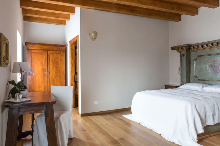 CorteCastelloB&B Rinascimento Room - Affi - Bed & Breakfast