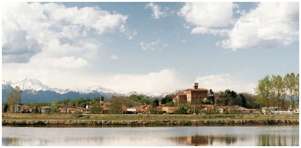 Cascina del castello - La Robinia - Briona - Hus