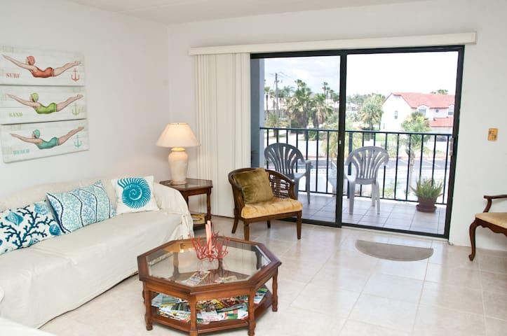 Daytona Beach Vacation Getaway - Daytona Beach Shores - Lägenhet