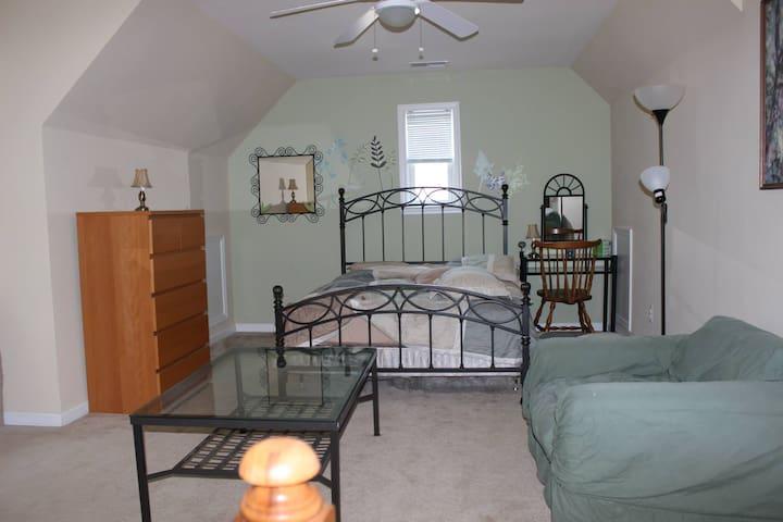 Amazing One bedroom - Triangle - Hus