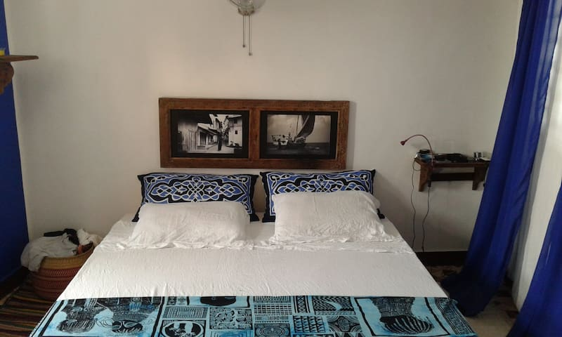 TWO PRIVATE SELF CONTAINED ROOMS - Занзибар - Квартира