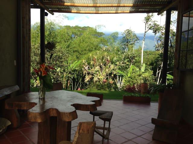 Charming coffee region farm escape  - Armênia - Casa