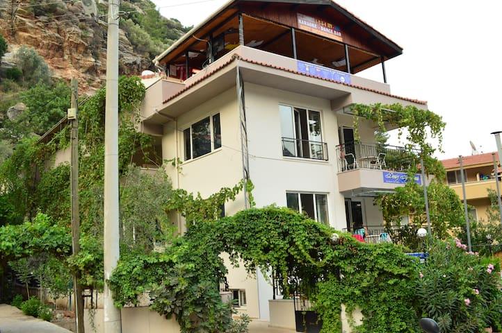 1 Bedroom 1Livingroom Holiday Flats - Turunç - Daire