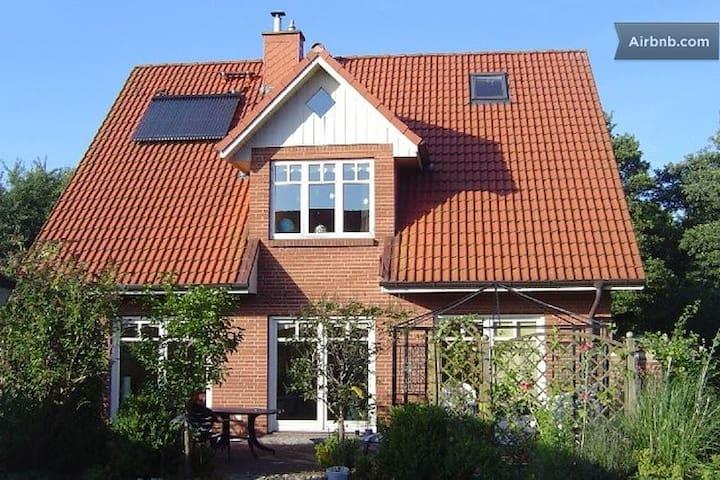 Privatzimmer in Eckernförde - Eckernförde - Ev