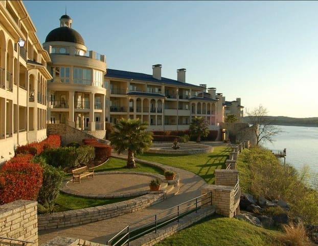 Cozy Villa for Two - Lake Travis - Lago Vista - Lägenhet