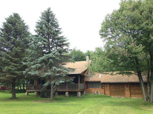 Welcome Home Cabin in Pocono - Albrightsville - Бунгало