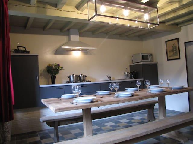 Gîte Maison Alfred Soussigne 8 pers - Olloy-sur-Viroin - Casa