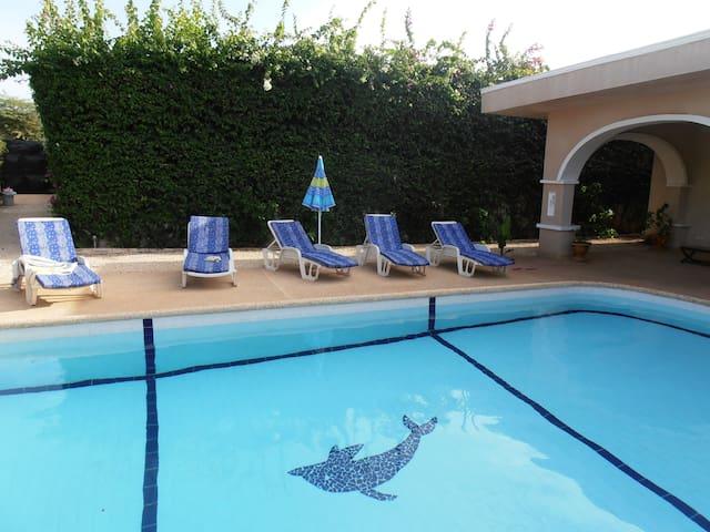 Splendide villa , piscine privée,aucun vis à vis - Somone - Villa