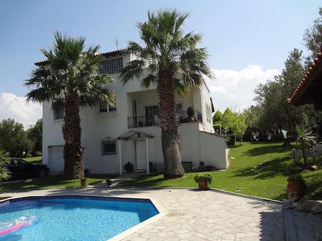 Luxury Private Pool Villa - Epanomi