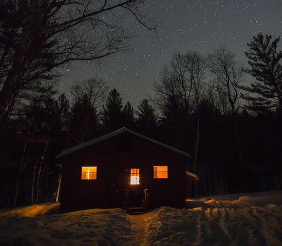 Babbling Brook Cabin, Adirondacks - North Creek - Kisház