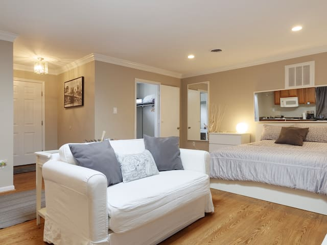 Cozy, private, comfortable space - Adelphi - Ev
