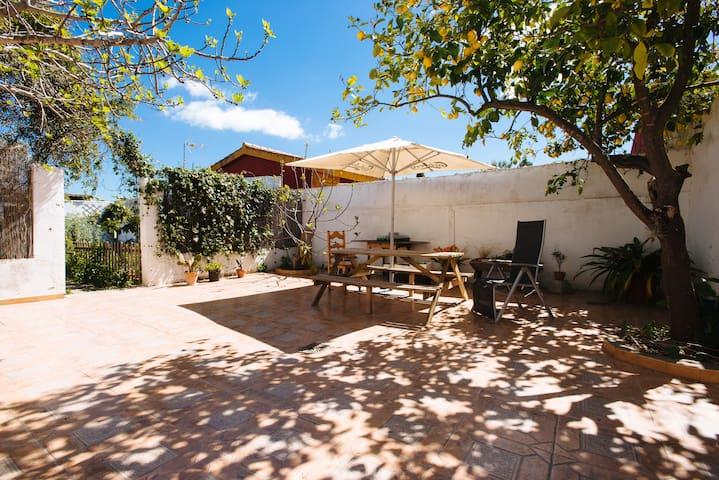 Habitación bonita y tranquila con baño privado - Las Pajanosas - Huis