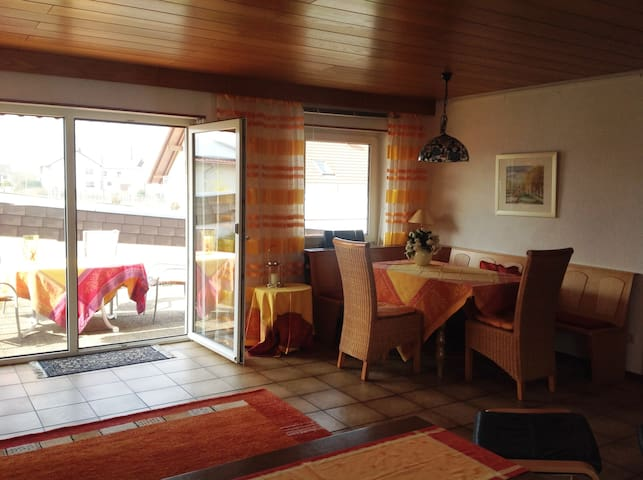Vacation at the Southern Wineroute - Hainfeld/Pfalz - Apartemen