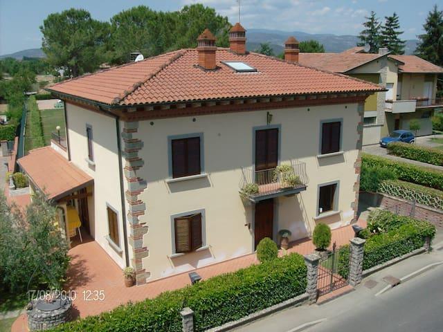 Tuscany Italian Homestay. - Arezzo - Apartamento