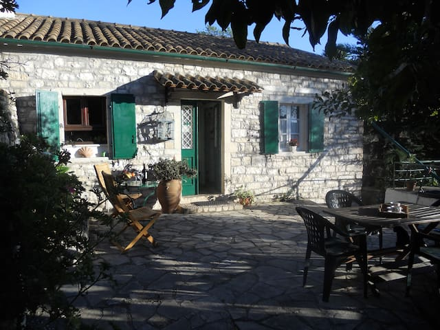 Stone Cottage Oriana, Loggos, Paxos - Paxos - Casa