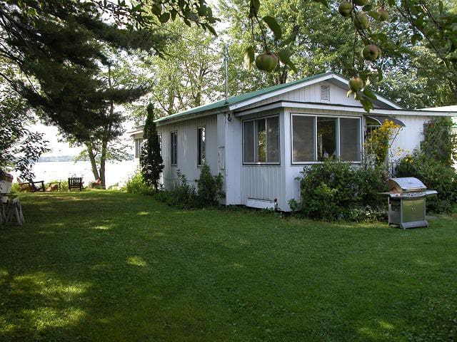 Cottage on Lake Champlain! - Swanton - Casa