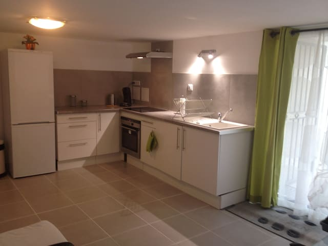 Appartement neuf à la campagne - Aujargues - Pis
