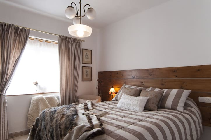 Casa Rural Molino de Villacelama - Villacelama - Bed & Breakfast