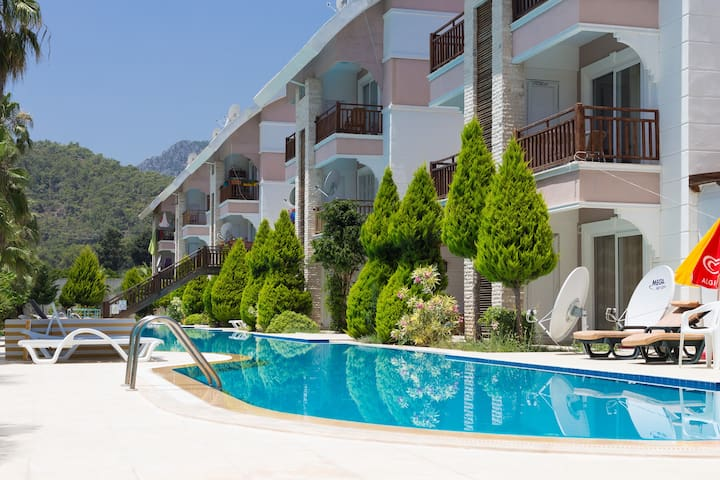 2BD duplex in Kemer 200m to the sea - Kemer - Appartement