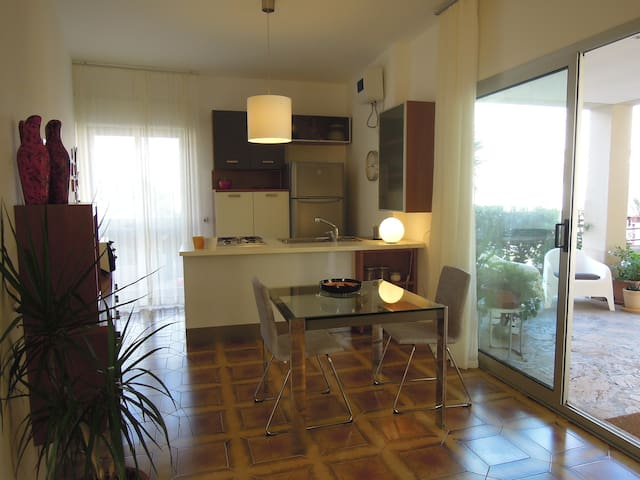 Appartment in residence with beach - Augusta - Wohnung