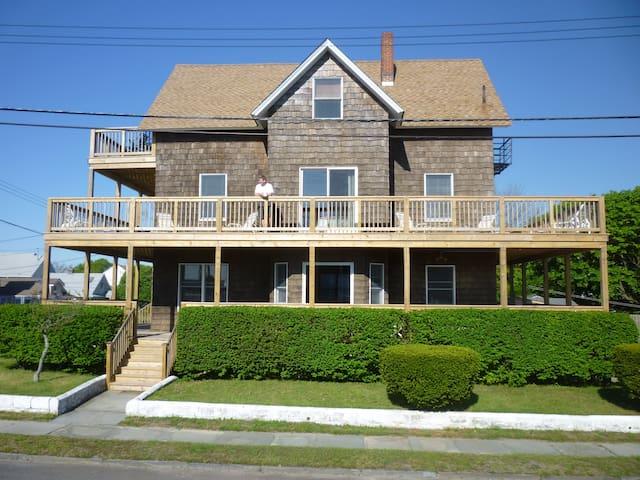 Huge Beach House-100 yards to beach - Point Pleasant Beach - Apartemen