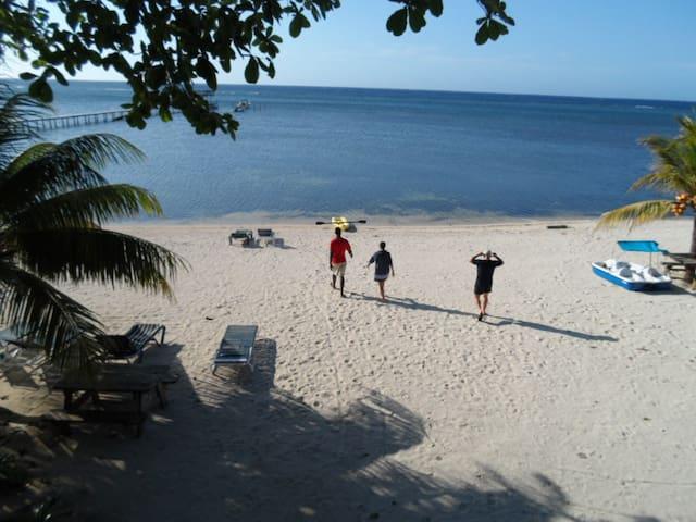 Life on the Beach, Private area - Sandy Bay - Apartamento