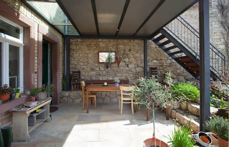 Wohnen im Kelterhaus - Nieder-Olm - Casa