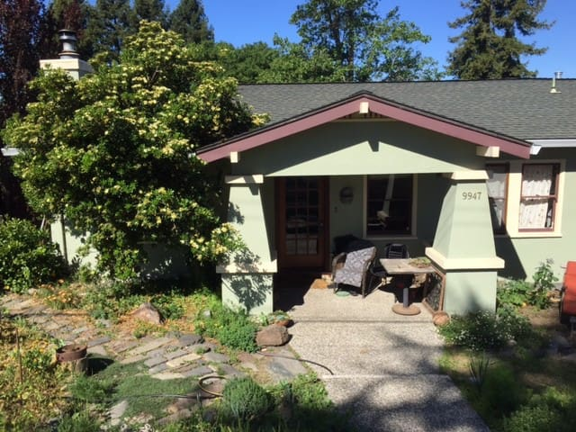comfortable california bungalow - Penngrove - Huis