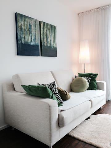 Gästezimmer im Architektenhaus - Дахау - Дом
