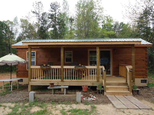 One Log cabin in Woods  w/fishing - Ware Shoals