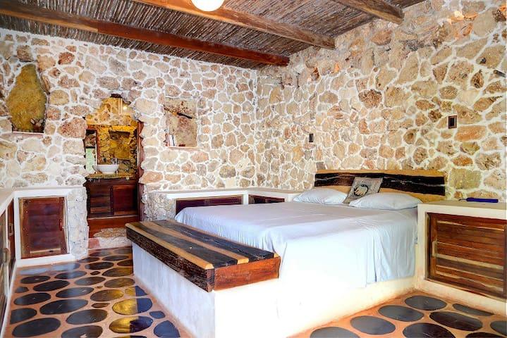 Double room near Tikal and Flores, private beach - Caserío San Pedro - Huis