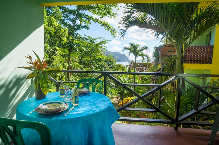 Sealevel Guesthouse 2 Bed Apartment - Castara - Appartement