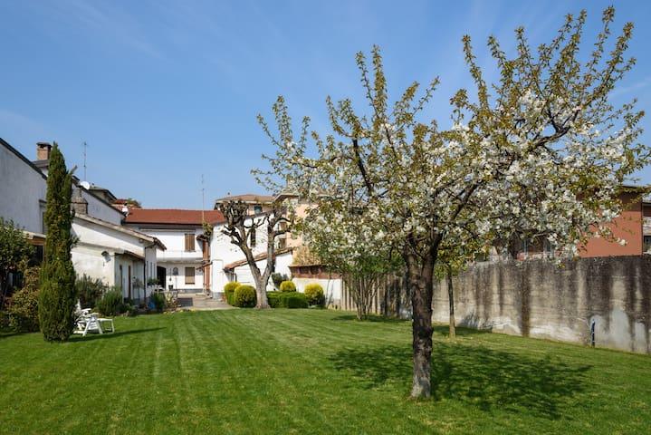 Casa giardino ai piedi dell'Oltrepò - Stradella - Ev